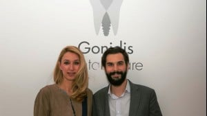 3 years of smiles party για τα οδοντιατρεία Gonidis Dental Care