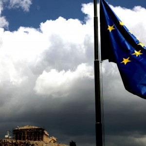 Fitch: Αυξάνονται δραματικά οι κίνδυνοι ενός Grexit
